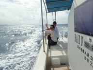 石垣島の「HARU」号、ダイビングポイントへ