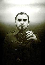 Нащупать дно. АиФ Европа о лондонском фотографе В.Попеску