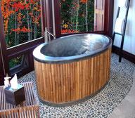 Badewanne im Bambus Style