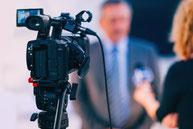 Medien- und Interview-Training für Politiker: Führen von Interviews, Umgang mit Medien-Vertretern, überzeugend argumentieren, Argumente entkräften und schlagfertig kontern: Coaching, Training, Schulungen, Seminare, Workshops, Inhouse-Schulungen