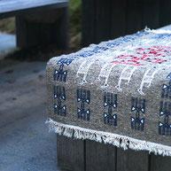 petit tapis kilim berbère coloré tunisien, Tapis deco bohème ethnique, tapis tunisien, Tapis kilim gris, berbère, deco, tapis de chambre, tapis décoratif pour salon ou entrée, déco ethnique chic, gris