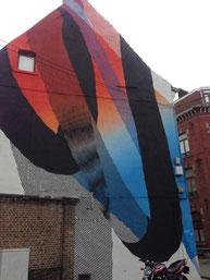 「Fresque de Momo」という街中アート。