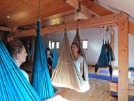 stage yoga aérien, yoga suspendu www.jyoti-yogi.com