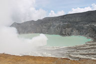 Kawah tour, adventure tour, scooter, motor bike, Bali , Java, Lombok, scooter rental, location scooter, motorbike rental, volcanoes, beaches, rice fileds, temples