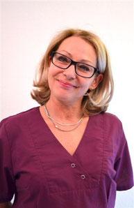 Véronique, assistante dentaire qualifiée