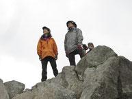 黒ボコ岩は7,8M 簡単に登れます