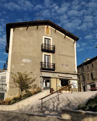 le local de La Cafetière rue st Michel à Aurignac