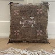 vegan silk pillow sabra silk pillow cactus zijde kussen