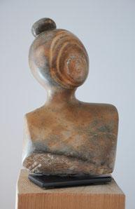 Clarisse Frauenkopf Speckstein Skulptur