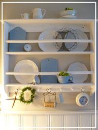 Tellerbord, altes und neues Porzellan im Shabby Chic, Keramik aus der Mynthe Serie von Ib Laursen gibt es im Laden von Sternschnuppe home & garden, Goldwiese 7, 57612 Eichelhardt