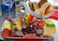 Käse Geschäft, Ahle Worscht, Wurstplatte, Käseplatte