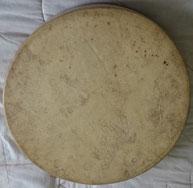 Trommel, rund, ca. 38 cm Durchmesser, Bespannung Hirschrohhaut, Holzrahmen