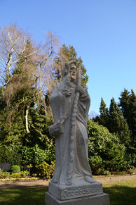 Der heilige Jacobus als Sandstein Statue