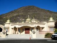 Sikh Temple, Glendale - Damon & dr k