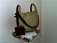 sac en cuir bicolore avec son porte monnaie