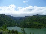 Les montagnes encore verte