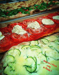 Fingy's pizza pomodoro&bufala