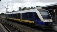 evb VT103 Alstom Coradia LINT der evb aus dem Fahrzeugpool der Landesnahverkehrsgesellschaft Niedersachsen im Bahnhof Bremerhaven Hauptbahnhof RB33 -> Cuxhaven