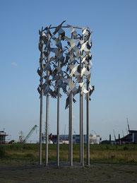 Skulptur Vogelflug in Cuxhaven, Nähe Alte Liebe