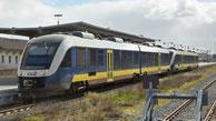 Alstom Coradia LINT der evb aus dem Fahrzeugpool der Landesnahverkehrsgesellschaft Niedersachsen im Bahnhof Cuxhaven