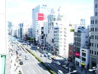 青山通りを見下ろす景色