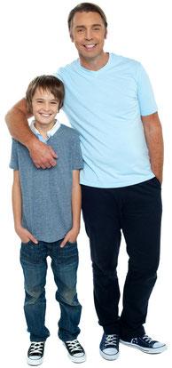 Sicheres Gefühl für Eltern durch Prophylaxe für ihre Kinder (© stockyimages - Fotolia.com)
