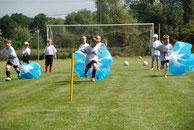 Training in der mobile Fussballschule Sandra Minnert Fussballcamp
