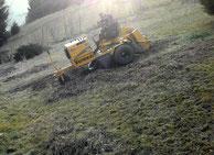 ... zusätzlich schont die große Auflagefläche auch den Rasen.
