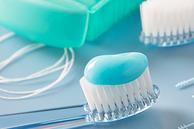 Vorteile von Zahnseide bei der zahnärztlichen Vorsorge