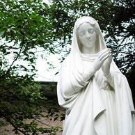 山手カトリック教会マリア像