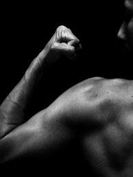 麻布十番すぐのジムで安い料金で継続できる腕のトレーニング