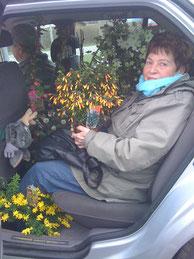 Nach dem Blumenkauf fürs Grab