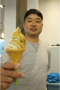 駅長の小野大輝さんの写真