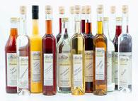 Schwarzwaldhof in Durbach, Shop Edelbrand, Likör, Ansatzschnaps, Obstbrand, Destillat, Verkauf von selbst hergestellten Produkten