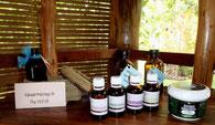Massaggio, Oli essenziali naturali, Centro benessere, spa, Camiguin, Nypa Style Resort, Filippine,