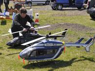 Hélicoptères radiocommandés