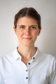 Dr. Vera Hönlinger