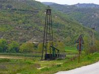 Ölförderturm bei Ballsh