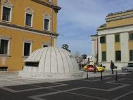 Tirana, Bunker-Denkmal