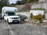 Wasser tanken am Pass