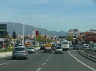 Schnellstraße nach Tirana