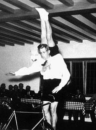 """1947: Frieder Schiele und Albert Erhardt im """"Kellerhaussaal"""""""