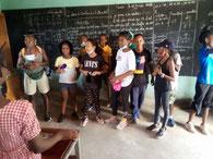 Ecole Française Conakry besucht Primarschule Dyarama