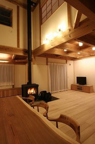 薪ストーブ モミの木 ガイナ いぶし瓦