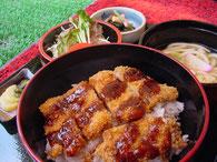 カツ丼定食:ランチメニュー