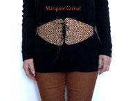 photo-ceinture-corsetée- large-style-obi-en-liège-leopard-porte-sur-mannequin-pull-noir-pantalon-caramel-