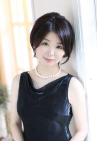 山本由加子 Yukako YAMAMOTO