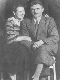 Erna und Willi Paul 1937 in ihrer Wohnung. Wenige Tage später floh Willi Paul in die Niederlande.