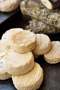 ロカマドゥール AOCチーズ     ©Pierre Soissons