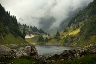 bergsee, fählensee, wasser, wolken, wetter, wiese, wald, berge, steine, alpstein, säntis, bollenwees, berghütte, berglandscahft, idylle, ,mountains, landscape, switzerland, mountains, hikking, travel, lakescape, mauntainscape, forest